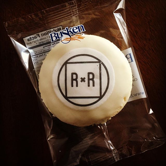 The boy got his own cookie! This must be what Akeem felt like when he had his own money. Limited edition cookies  courtesy of @buskenbakery for tonight's Home Improvement Appreciation bash! —RxR #comingtoamerica #happyrxrenewyear