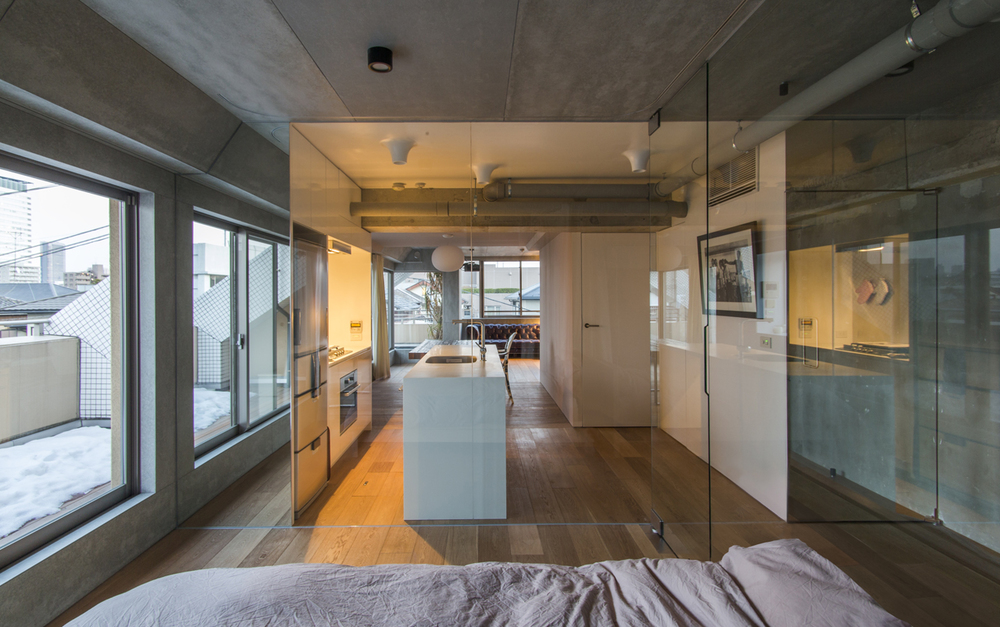 D Flat Tokyo is a minimalist interior located in Tokyo, Japan, designed by frontofficetokyo.