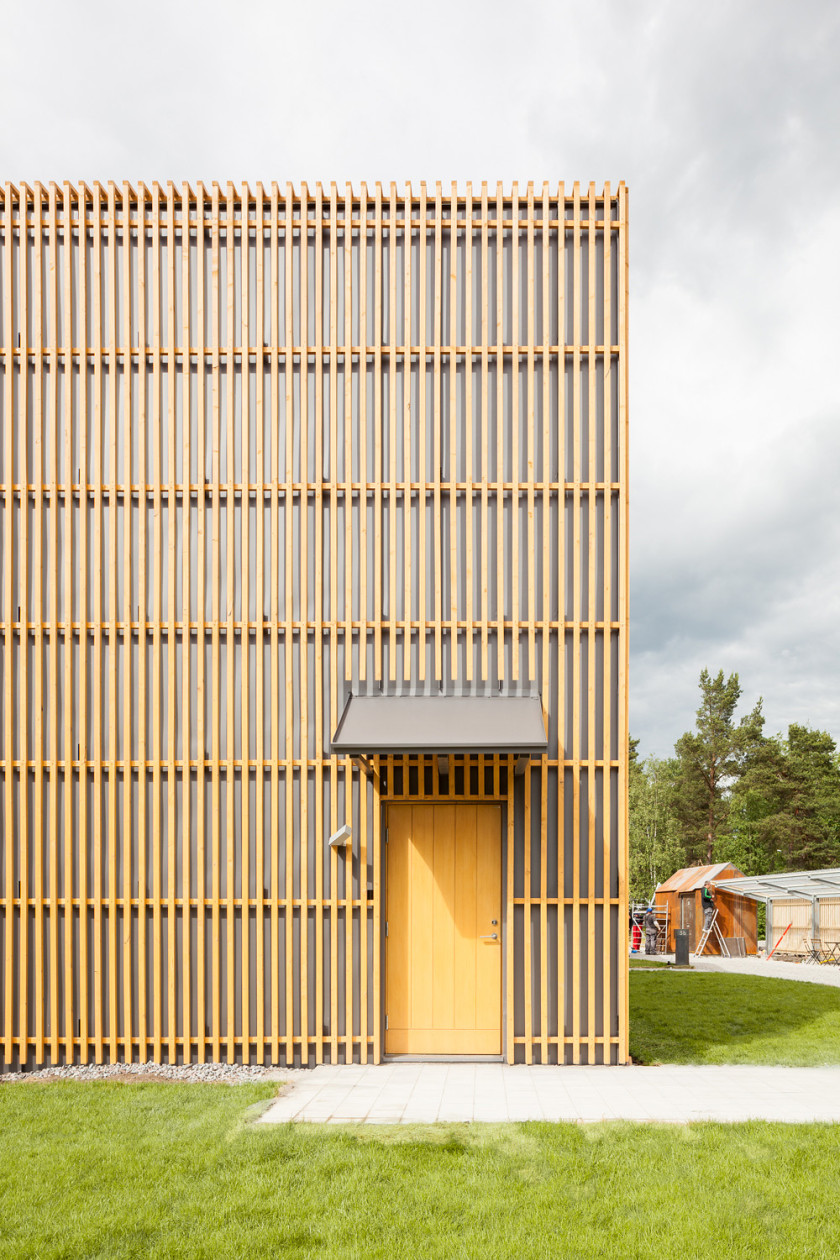 The Powerhouse is a minimalist residence located in Väsby, Sweden.