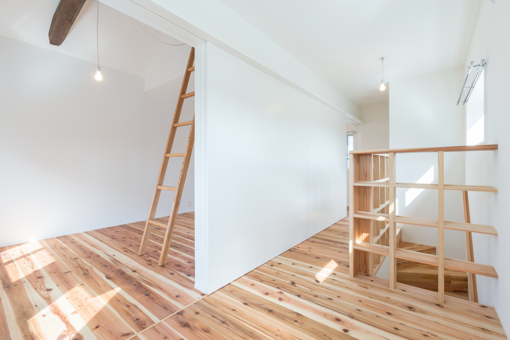 Residence in Hikone II is a minimalist house in Shiga, Japan.