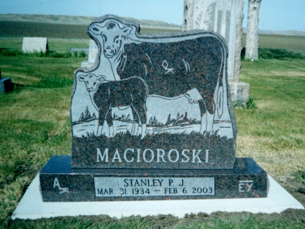 Macioroski.jpg