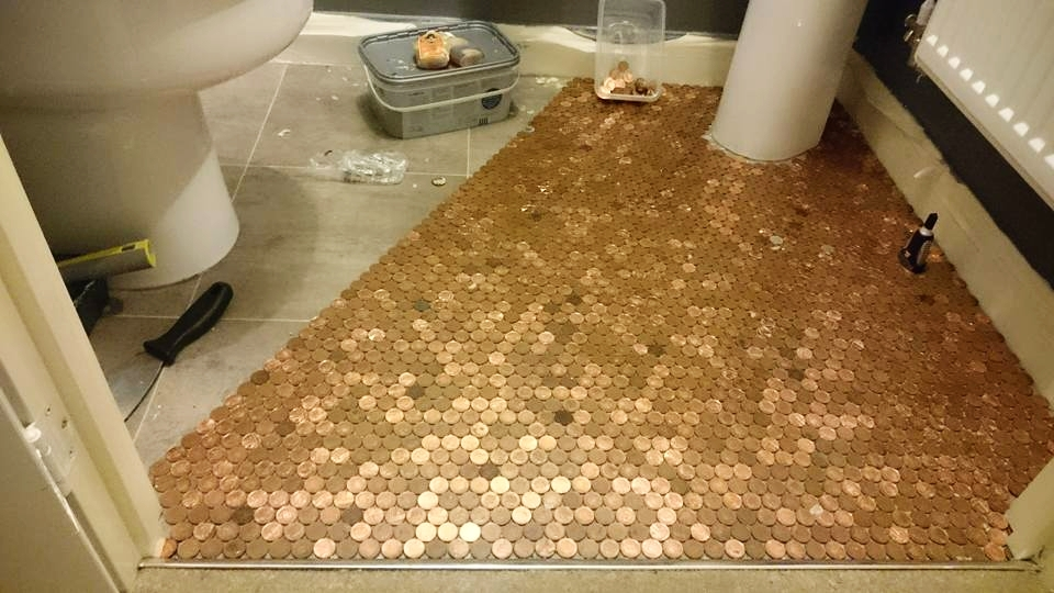 Spend a penny each penny slotted into the gap between two pennies on the previous row to help leave as small a gap as possible solutioingenieria Choice Image
