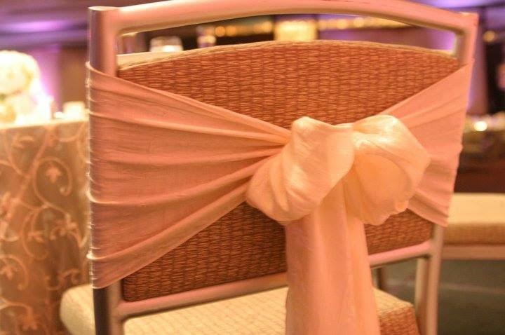 chair-covers-pittsburgh-weddings-6.jpg
