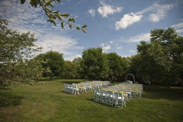 outdoor-pittsburgh-wedding-4.jpg
