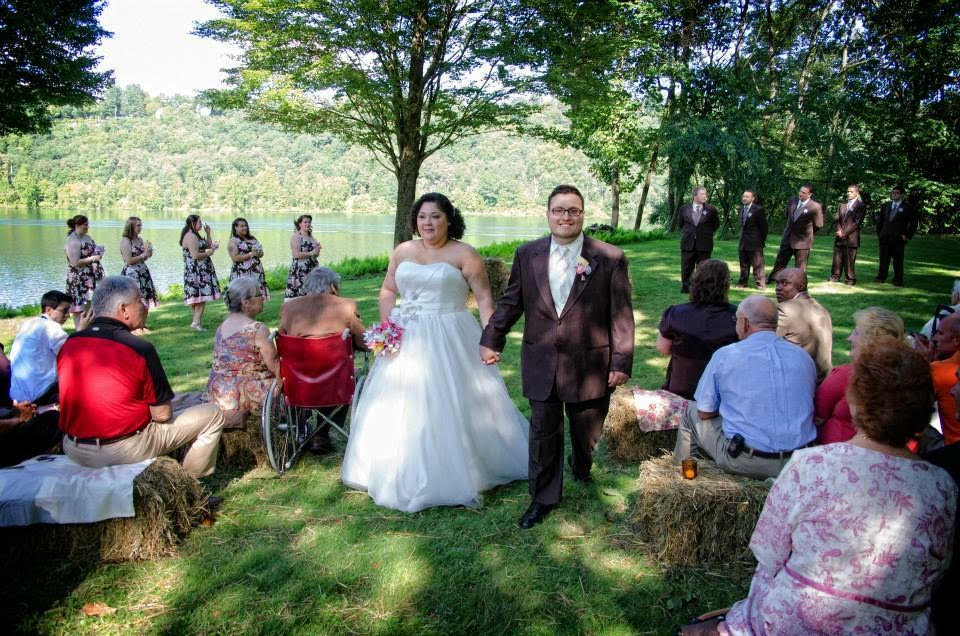 outdoor-pittsburgh-wedding-42.jpg