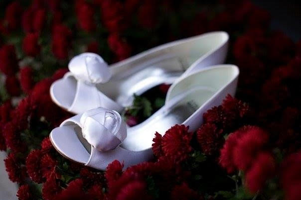 wedding-details-shoes-2.jpg