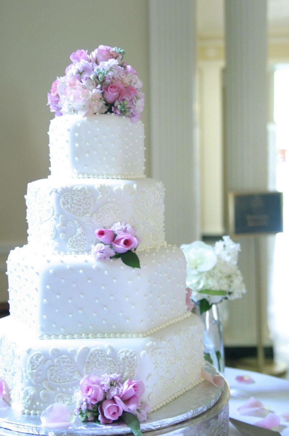pa-wedding-cakes-49.jpg
