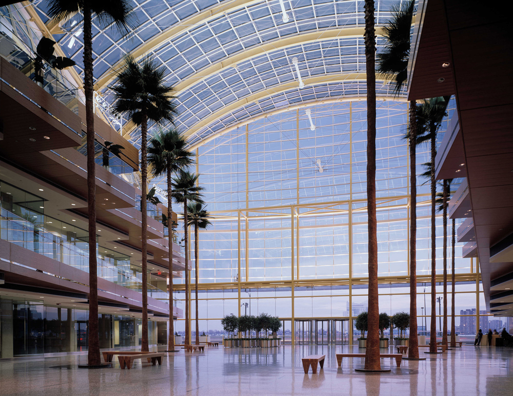 gm_renaissance-center_atrium07_hres_web.jpg