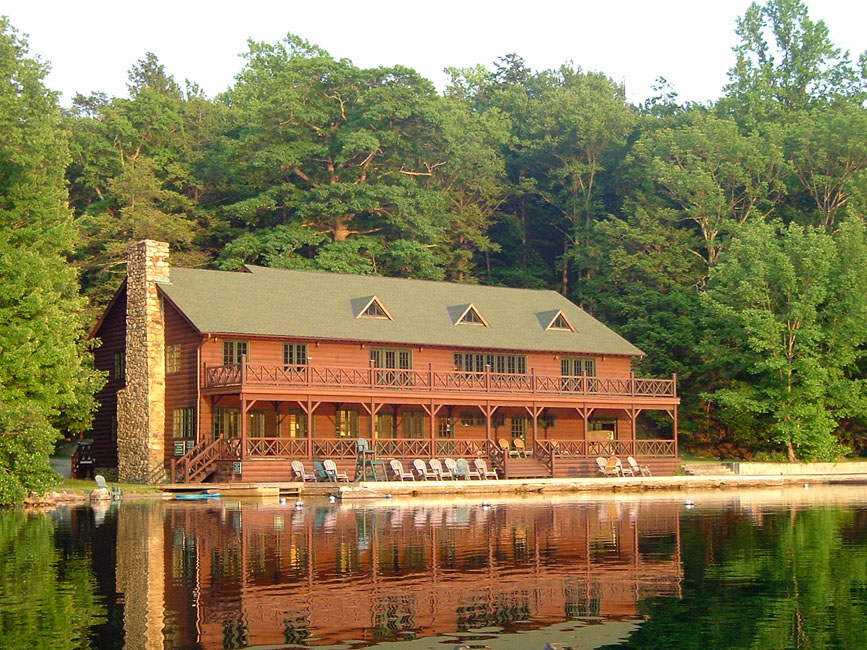 BOATHOUSE_photo 2009.jpg