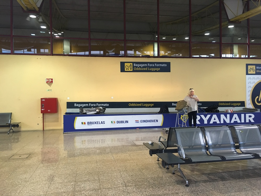 Oversized baggage return at Faro Airport