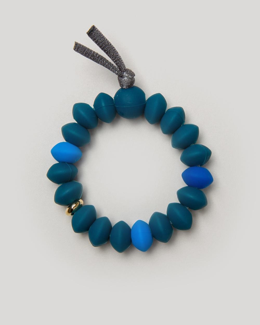 Cobalt_Teething_Bracelet_Blog_Image.jpg