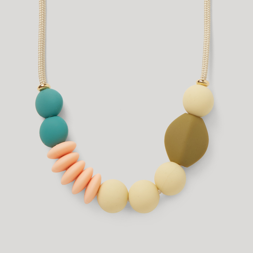 Dewdrop Signature Teething Necklace