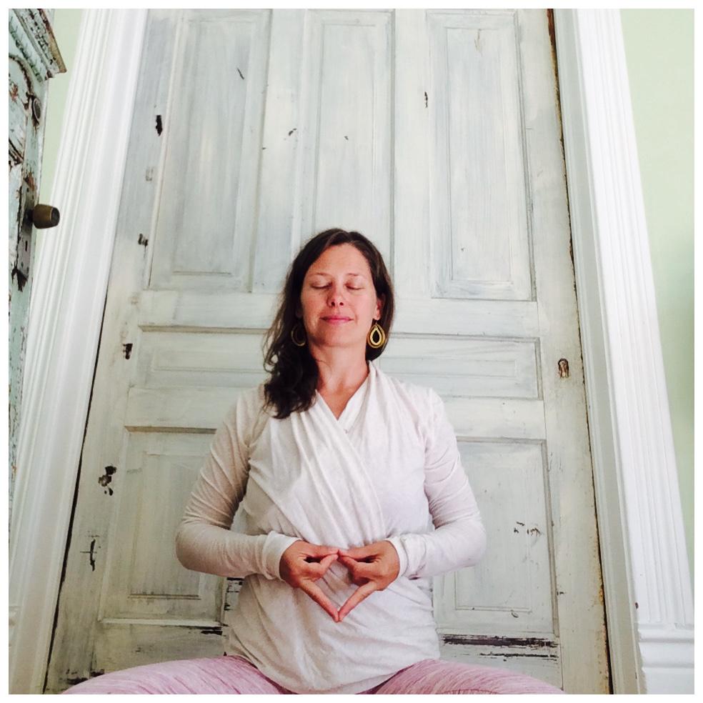 Vajra mudra ~ to support self-empowerment
