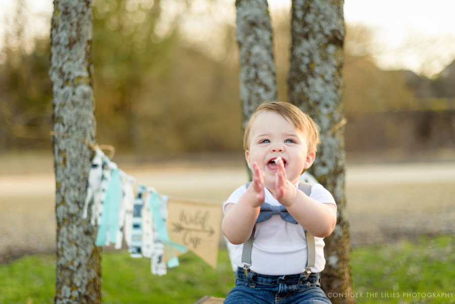 one-year-old-cake-smash-session-north-texas-allen-frisco-mckinney-plano-richardson-dallas-11