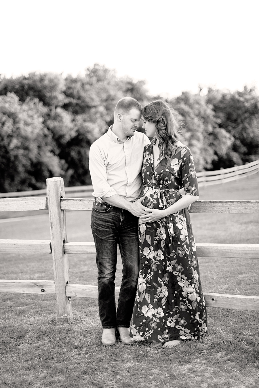 maternity-pregnancy-reveal-photo-session-photography-dallas-plano-north-texas-richardson-allen-mckinney-frisco-addison-web-B-7.jpg