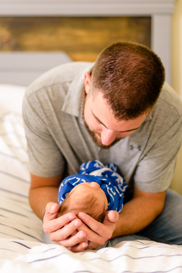 dallas-texas-newborn-and-family-lifestyle-portrait-session-north-dallas-dfw-allen-plano-richardson-frisco-mckinney-sasche-addison-web-11.jpg