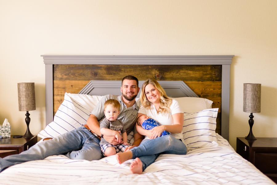 dallas-texas-newborn-and-family-lifestyle-portrait-session-north-dallas-dfw-allen-plano-richardson-frisco-mckinney-sasche-addison-web-5.jpg