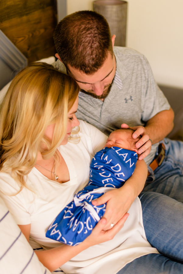 dallas-texas-newborn-and-family-lifestyle-portrait-session-north-dallas-dfw-allen-plano-richardson-frisco-mckinney-sasche-addison-web-8.jpg