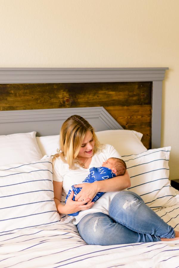 dallas-texas-newborn-and-family-lifestyle-portrait-session-north-dallas-dfw-allen-plano-richardson-frisco-mckinney-sasche-addison-web-30.jpg
