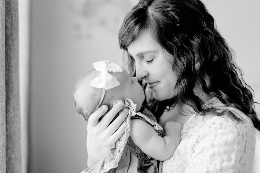 dfw-newborn-photography-north-dallas-texas-plano-mckinney-allen-frisco-richardson-addison-celina-newborn-lifestyle-photographer-19-2.jpg