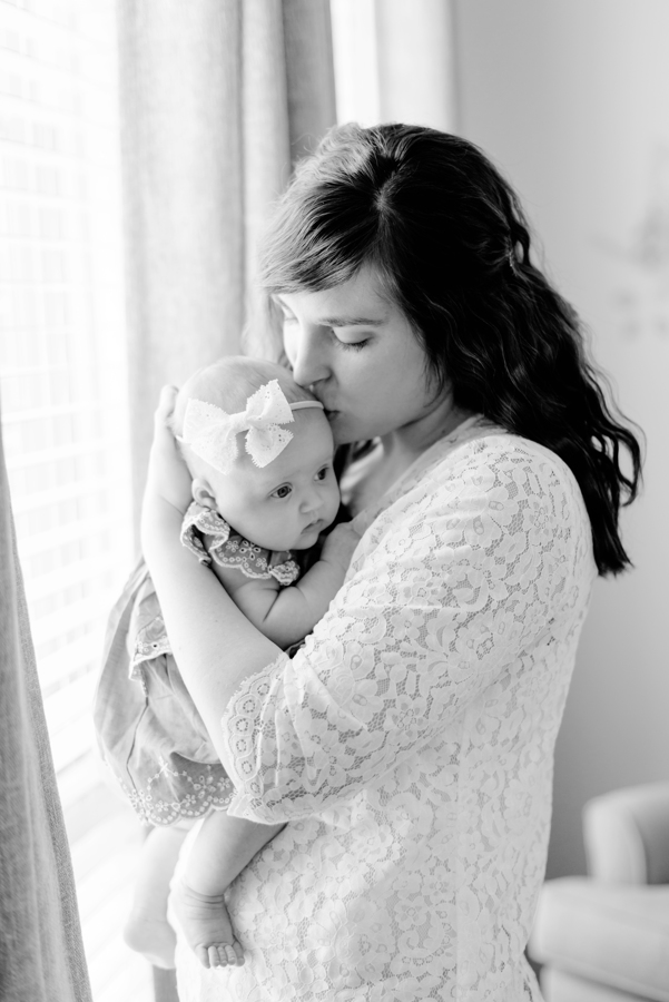 dfw-newborn-photography-north-dallas-texas-plano-mckinney-allen-frisco-richardson-addison-celina-newborn-lifestyle-photographer-17-2.jpg