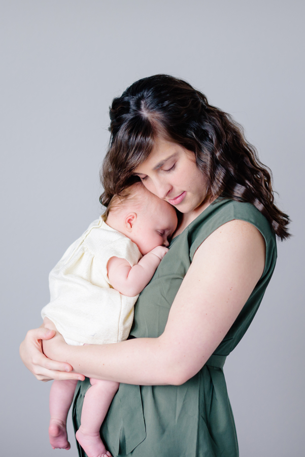 dfw-newborn-photography-north-dallas-texas-plano-mckinney-allen-frisco-richardson-addison-celina-newborn-lifestyle-photographer-37.jpg