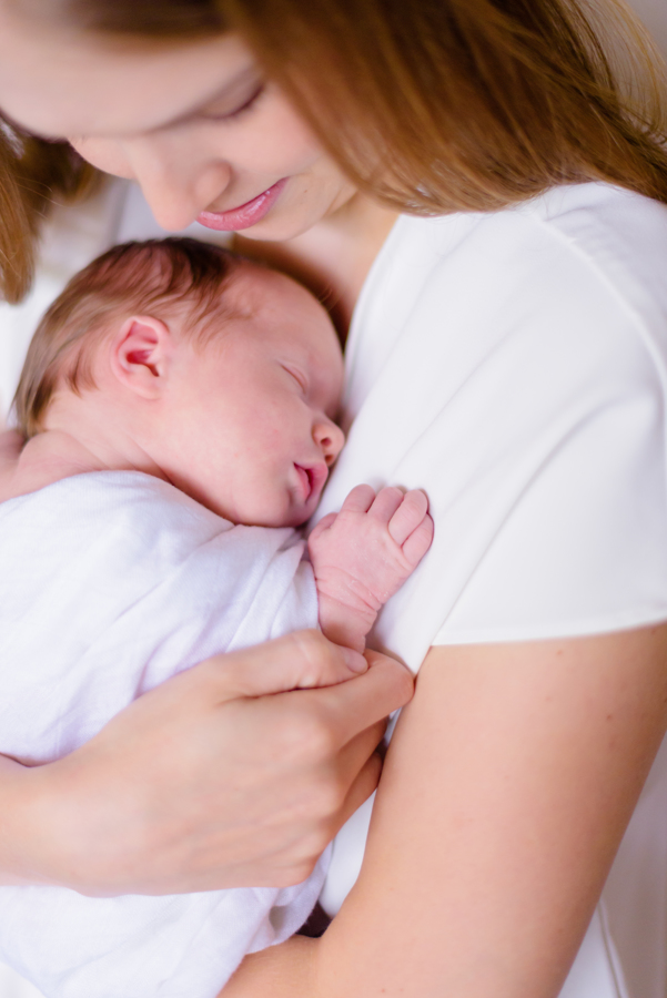 north-dallas-texas-tx-newborn-family-lifestyle-portrait-sesson-in-home-baby-photography-maternity-dfw-richardson-plano-allen-mckinney-addison-celina-murphy-wylie-frisco-33.jpg