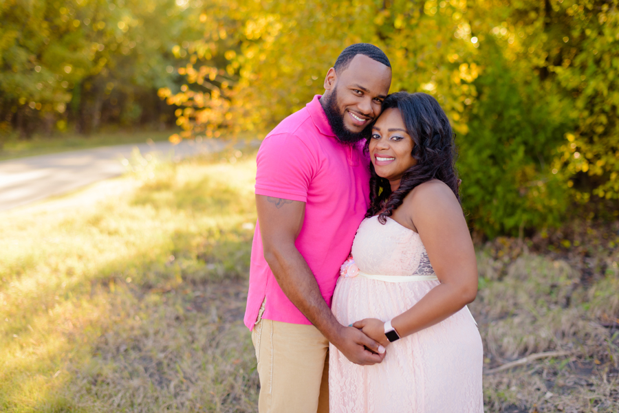 north-dallas-texas-maternity-photography-dfw-dallas-richardson-plano-allen-frisco-mckinney-addison-wylie-family-photography-newborn-maternity-session-2.jpg