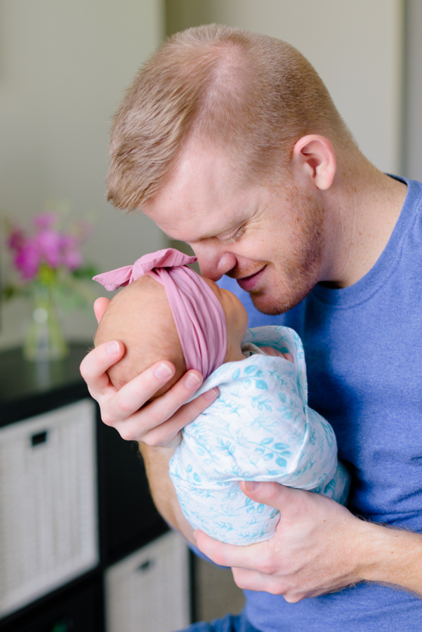 newborn-family-lifestyle-portrait-session-in-home-north-dallas-texas-richardson-plano-wylie-allen-frisco-mckinney-addison-dfw-celina-tx-maternity-newborn-photographer-16.jpg
