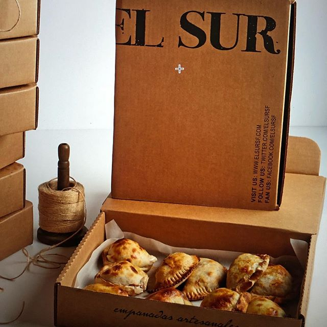 Find us in Menlo Park tonight at the Willows Market, 60 Middlefield Rd from 5-9pm! #empanadasargentinas #elsursf