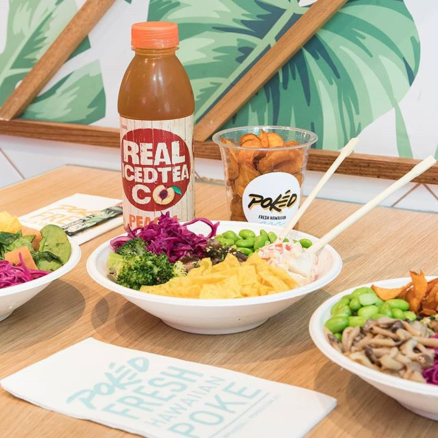 Come join the Pokéd lunch club. We have iced tea, sweet potato crisps and the freshest poké bowls going around. ✌🏼 #pokedau
