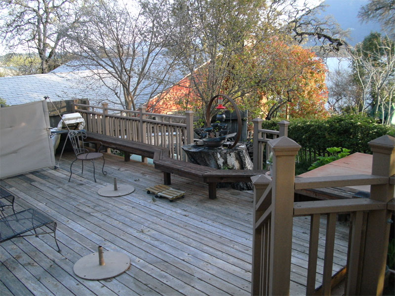 lake-house-deck-03.jpg
