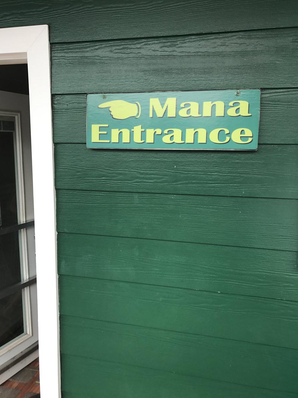 Mana Entrance.JPG