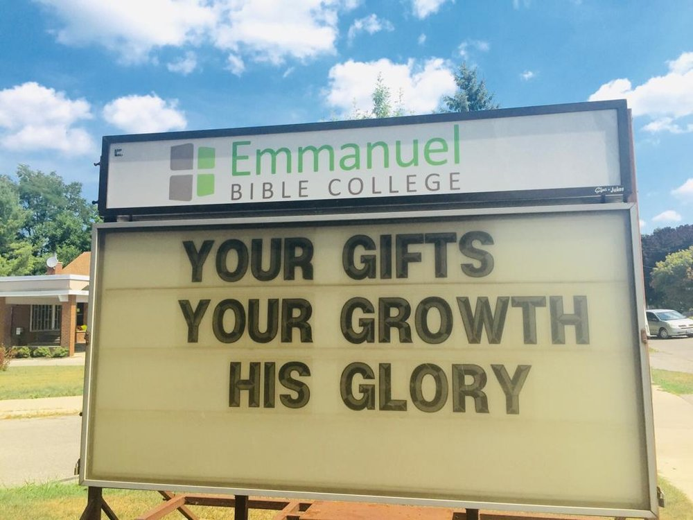 ROMANOS 11:36 Porque dele e por ele, e para ele, são todas as coisas; glória, pois, a ele eternamente. Amém.