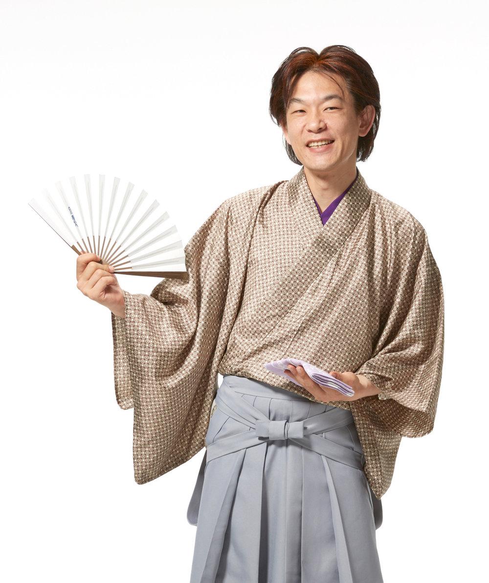 こしら師匠羽織袴②---コピー_2.jpg