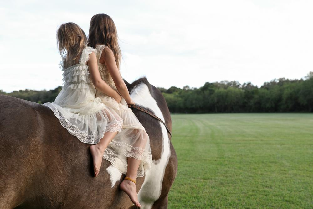 11.03.15_NortonFamily_HorseGirls_Print-35.jpg