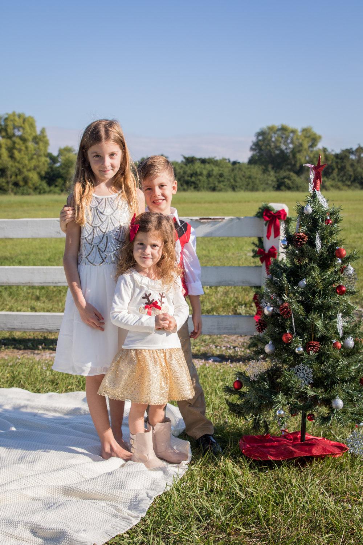 11-19-16_MorrisonFamily_Christmas-74.jpg