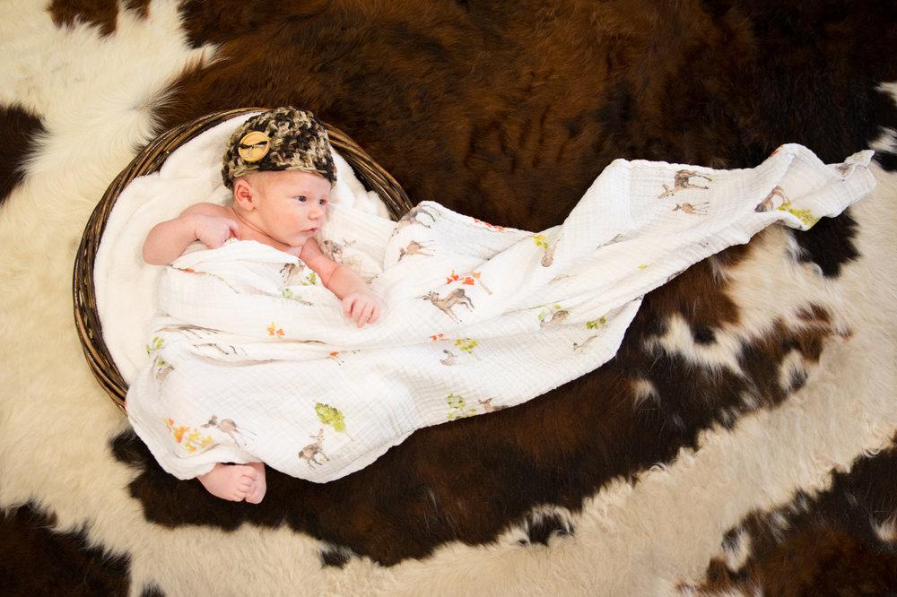 WEB_9-21-17_RhettKrips_Newborn-39-2.jpg