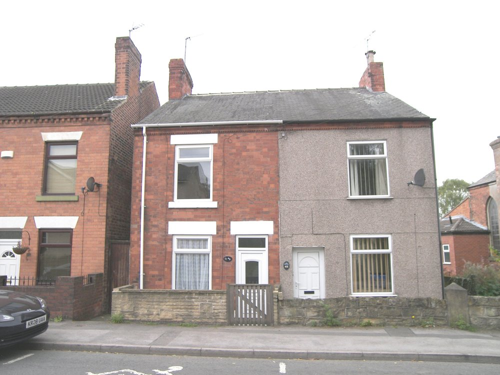 IT'S GONE!£450pcm Pye Hill Road, Jacksdale, Notts, NG16 5LR2 Bedroom Semi Detached - Very well presented semi with modern kitchen and first floor bathroom. Lounge & separate dining room. Two double bedrooms. Attractive contemporary decor & neutral floor coverings throughout. Garden to rear with views overlooking fields. One small pet considered. EPC rating E.