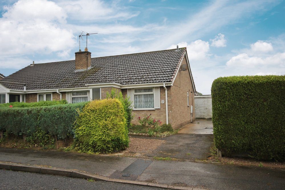 IT'S GONE! - £109,950 Hardwick Drive, Selston, Nottinghamshire, NG16 6QB - 2 BEDROOM SEMI DETACHED BUNGALOWNO ONWARD CHAIN! This lovely bungalow is brimming with potential, and features a spacious lounge, fitted kitchen, two bedrooms and a wet room, plus a driveway, garage and enclosed rear garden, all located in a peaceful, well regarded neighbourhood. EPC rating D.