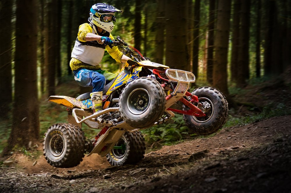 Quad beim Hillclimbing in Geyer