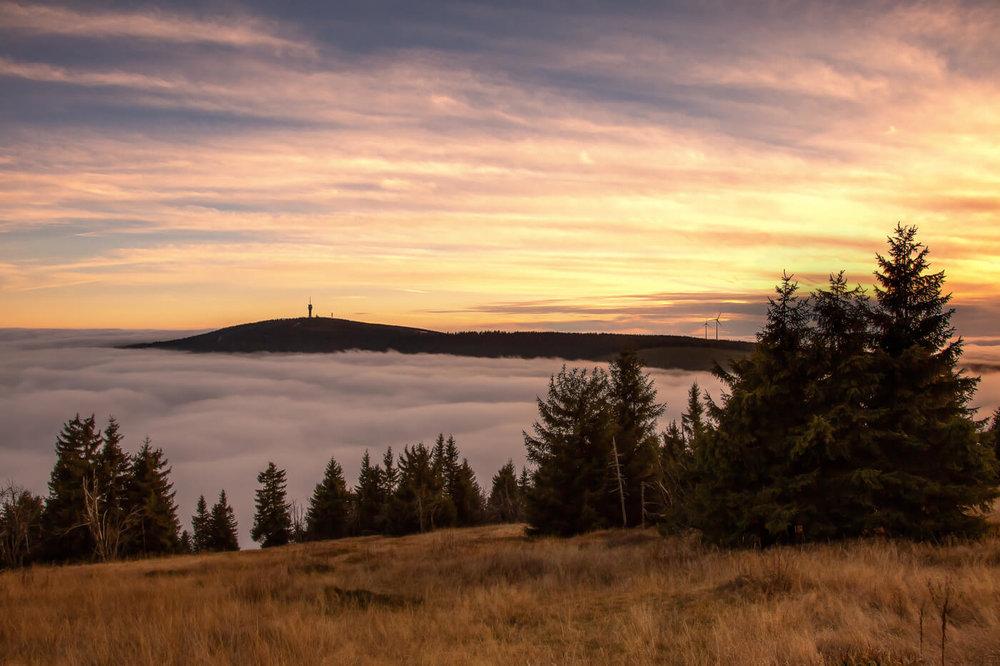 keilberg-nebel-sonne-himmel-photoron.jpg