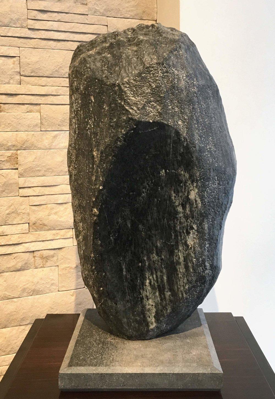 Figure-of-Khafre--1995-Chephren-diorite-anorthocite-gneiss.jpg