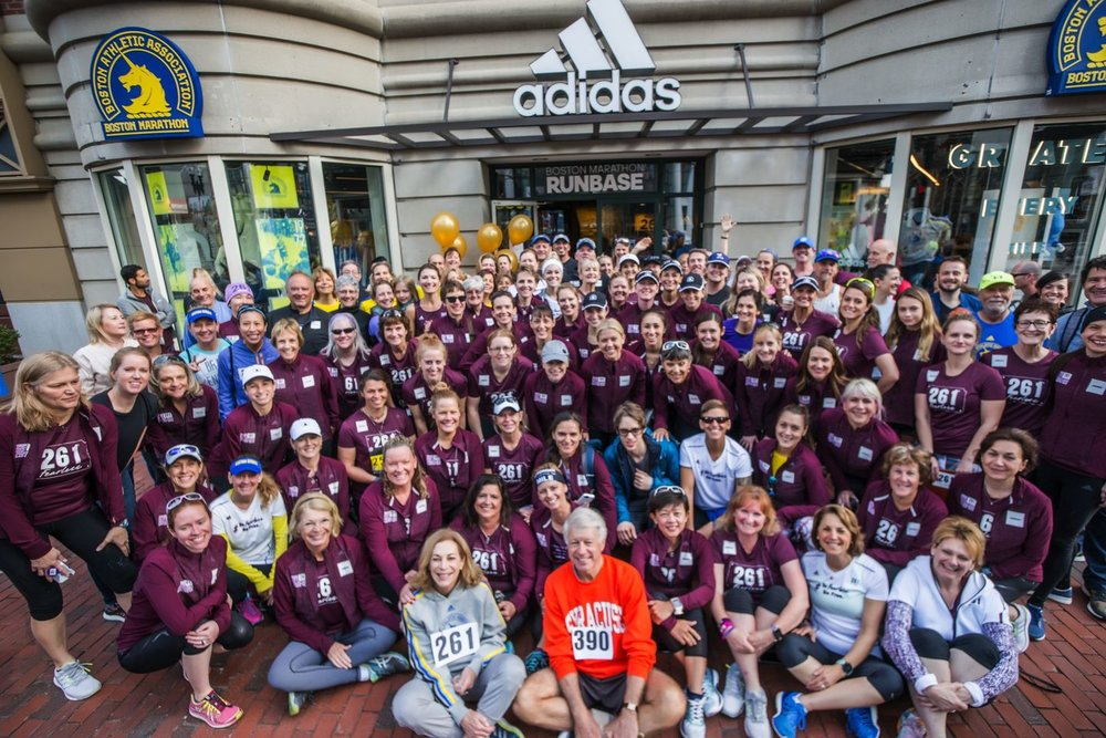 Kathrine Switzer and members of the 261 Fearless team (Photo credit: Horst von Bohlen)