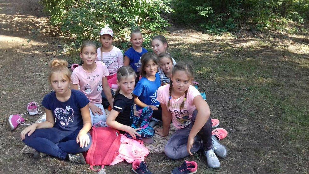 2 школа Леді похід в ліс.jpg