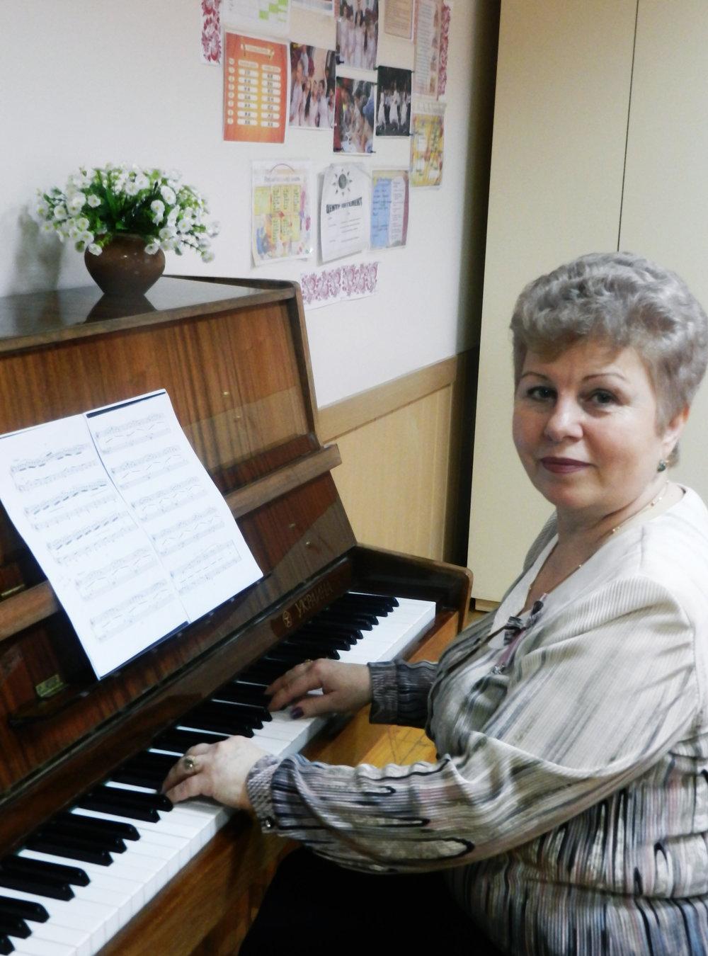 Єдакова Наталія Василівна - вчитель музичного мистецтва,
