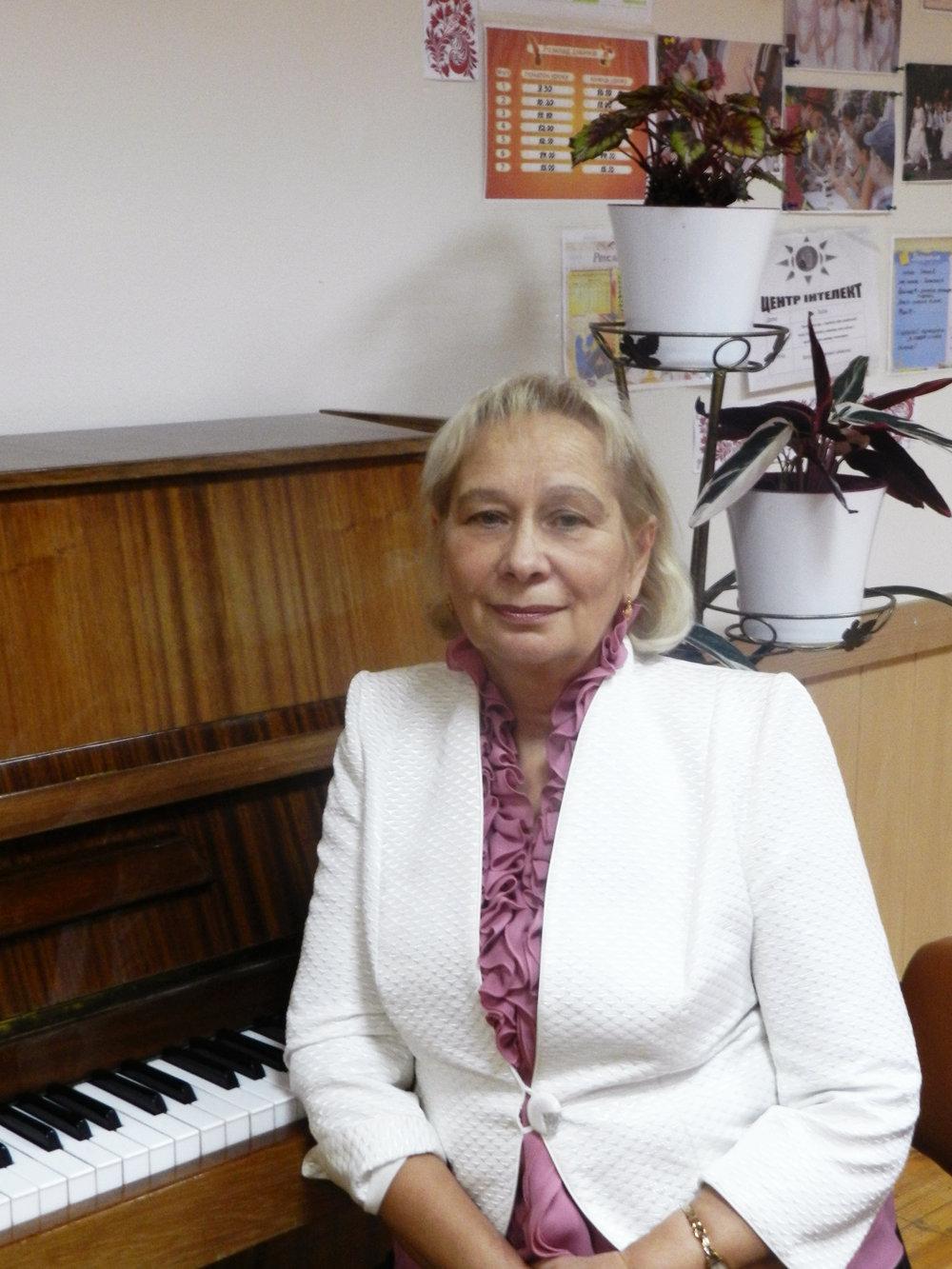 Каптюрова Олена Олександрівна - вчитель музичного мистецтва