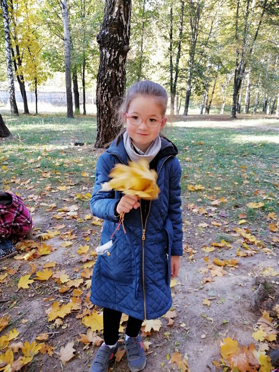 7. Школа Леді Пргулянка у парку.jpg