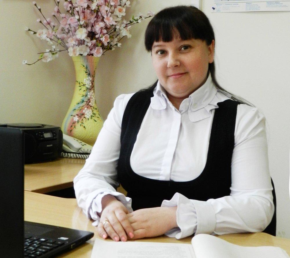 Пузь Юлія Валеріївна - вчитель початкових класів, вихователь 1 класу