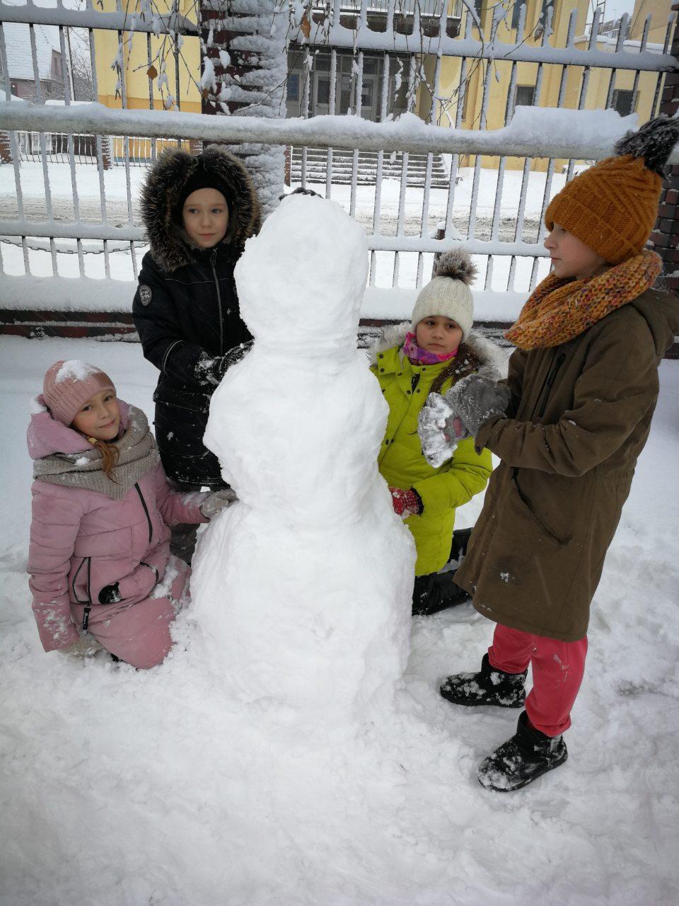 2Школа Леді_Зимові розваги.jpg